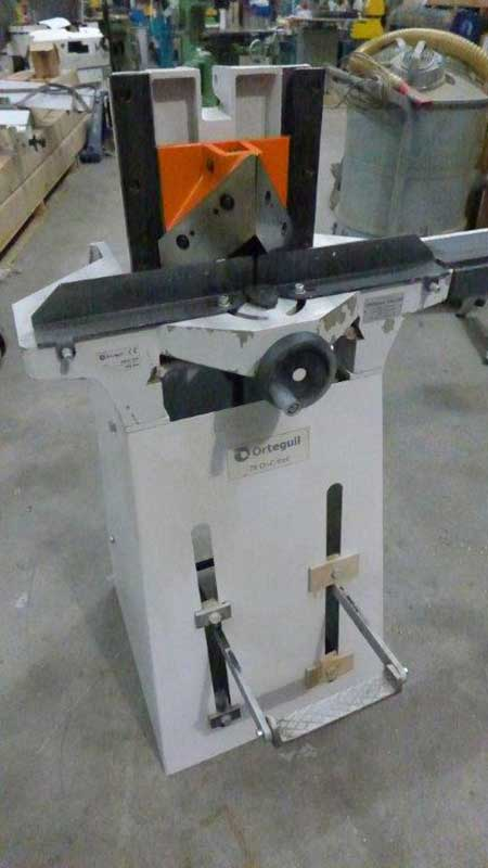 Orteguil Foot Operated Mitre Guilotine Conway Saw